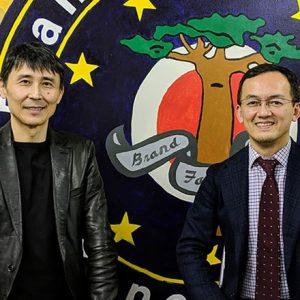 境目評論家・安田佳生氏(左)とリクナビネクスト編集長藤井薫氏